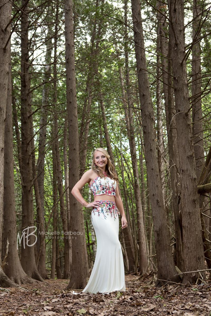 prom photo at a Kanata trail