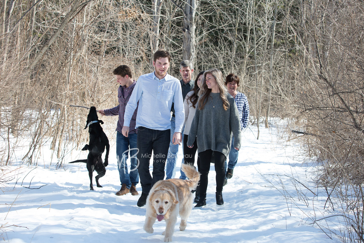 outdoor winter family photos